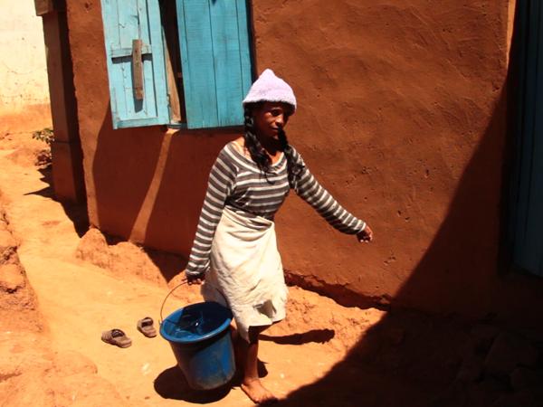 Trinkwasserversorgung in Falimanjaka